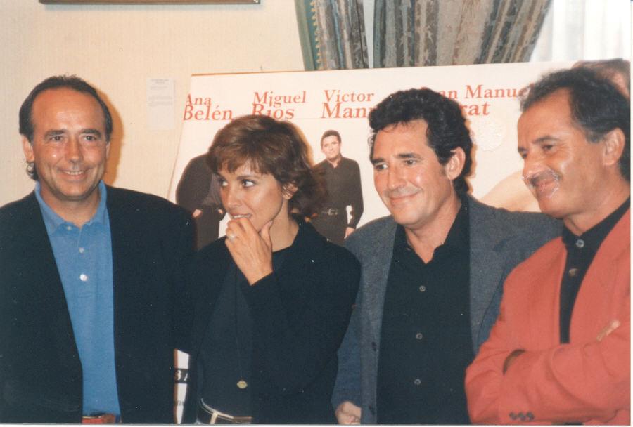 Serrat, Ana Belén, Miguel Ríos y Víctor Manuel en 1996 en la presentación de la gira El gusto es nuestro
