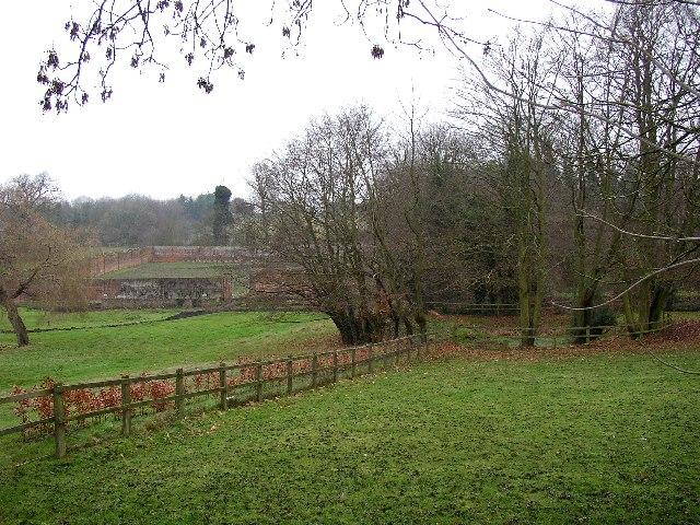 Fields and Walled Garden, Puttenham - geograph.org.uk - 92204