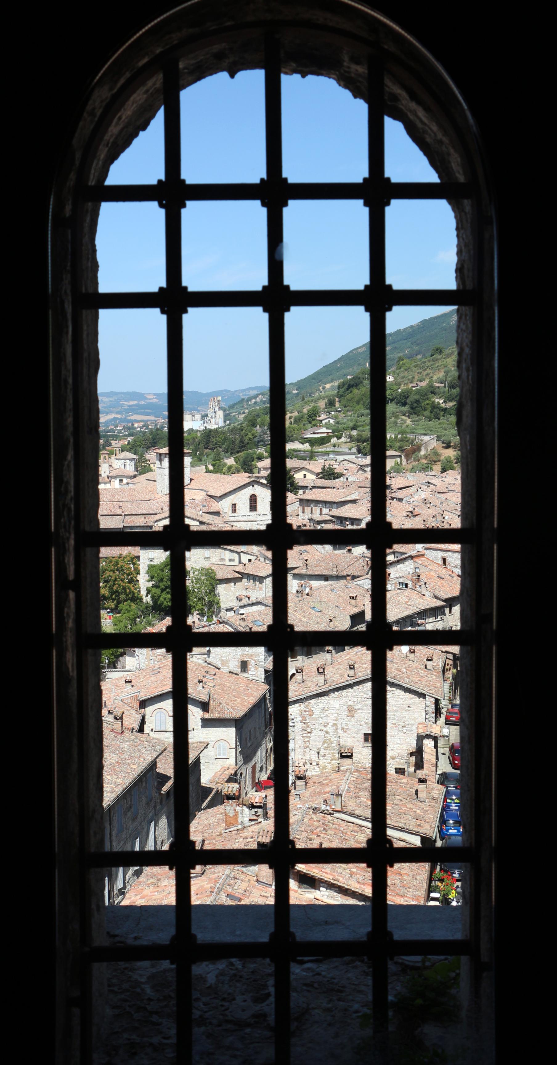 Consoli la finestra 28 images a finestra consoli wikitesti consoli a finestra live in - Carmen consoli a finestra ...