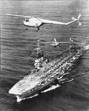 HMAS Vengeance (AWM 044574) .jpg