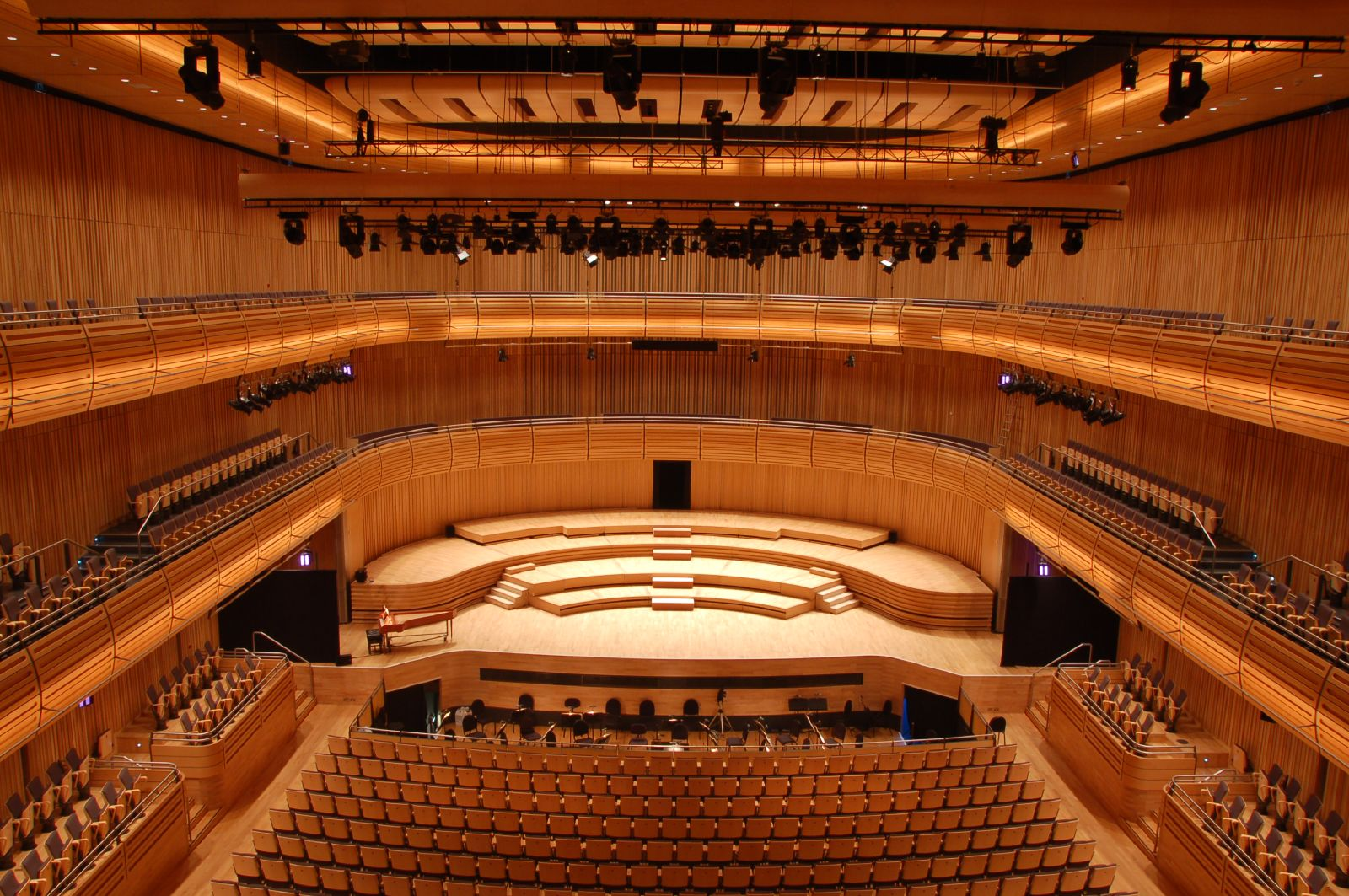 File:Hall 1 Sage Gateshead (2440692318).jpg - Wikimedia Commons