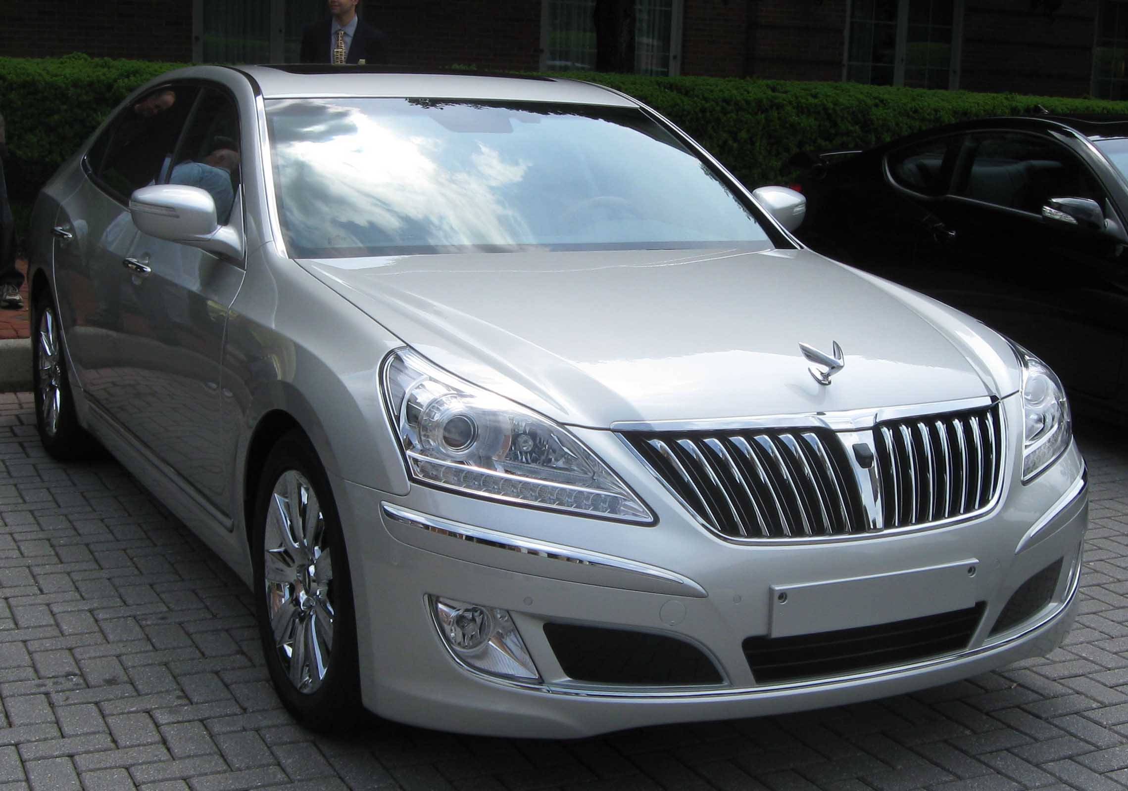 File:Hyundai Equus VS460 2.jpg - Wikipedia