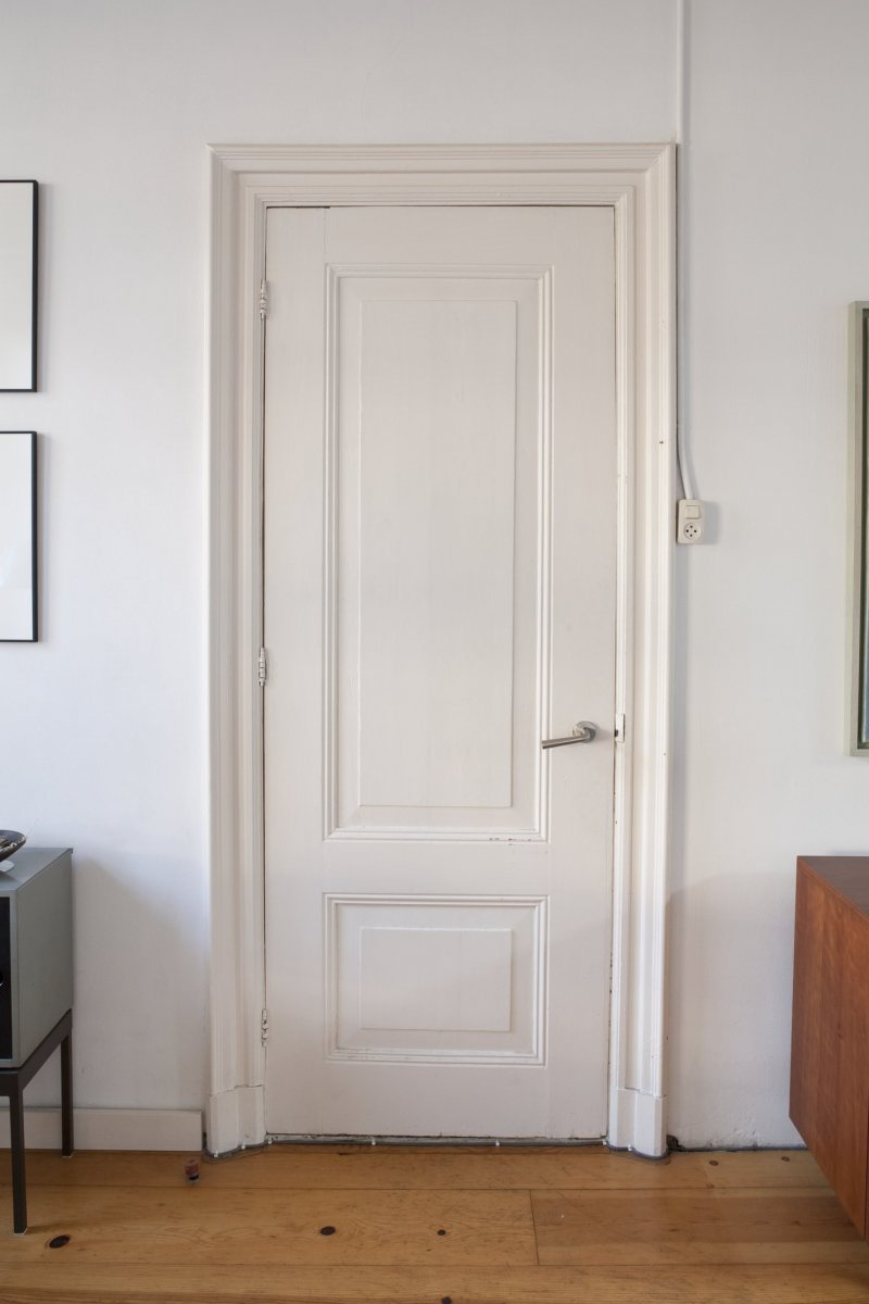 File Interieur Overzicht Van Binnendeur In De Woonkamer
