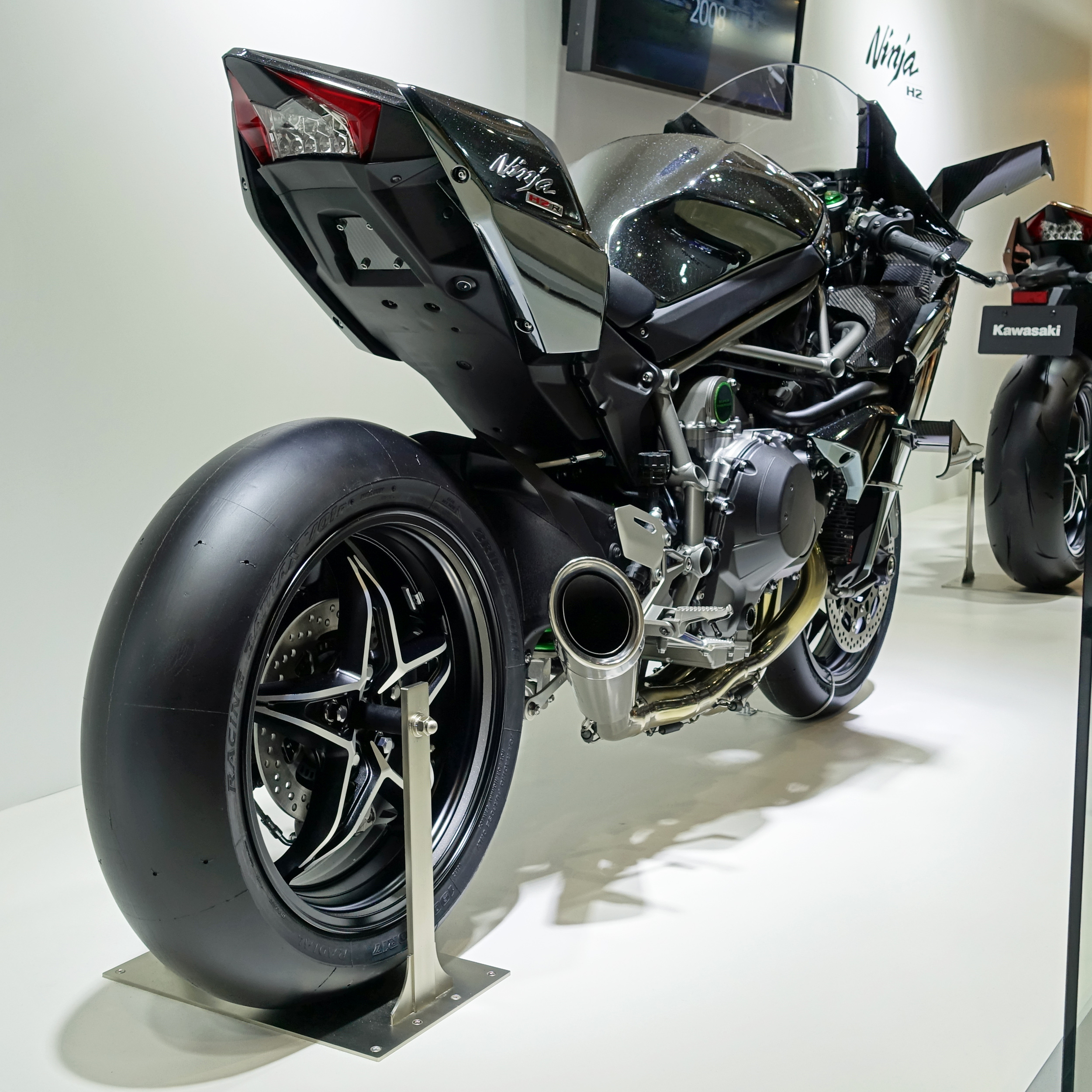 FileKawasaki Ninja H2R At The Tokyo Motor Show 2015 2