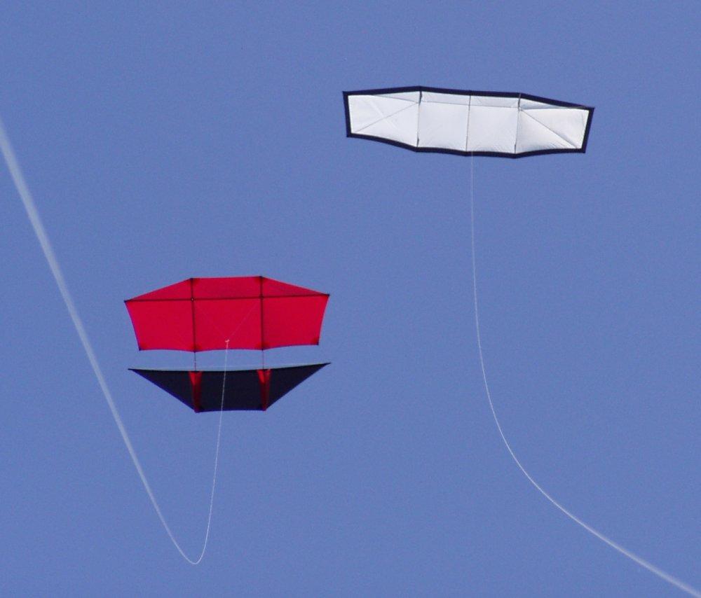 file kite genki dopero fotodrachen de jpg wikimedia commons