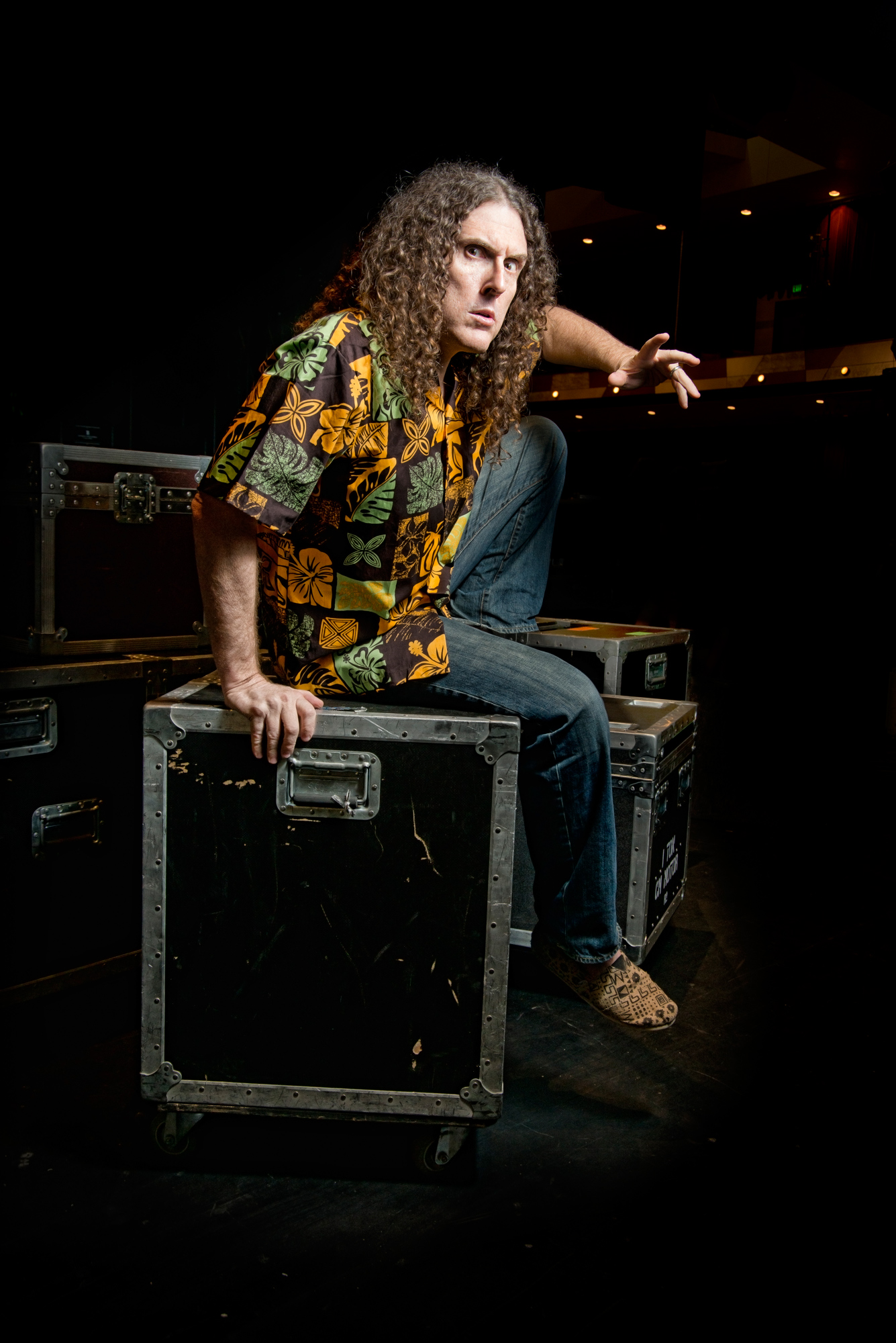 The 58-year old son of father  Nick Louis Yankovic and mother  Mary Elizabeth Yankovic, 183 cm tall Weird Al Yankovic in 2018 photo