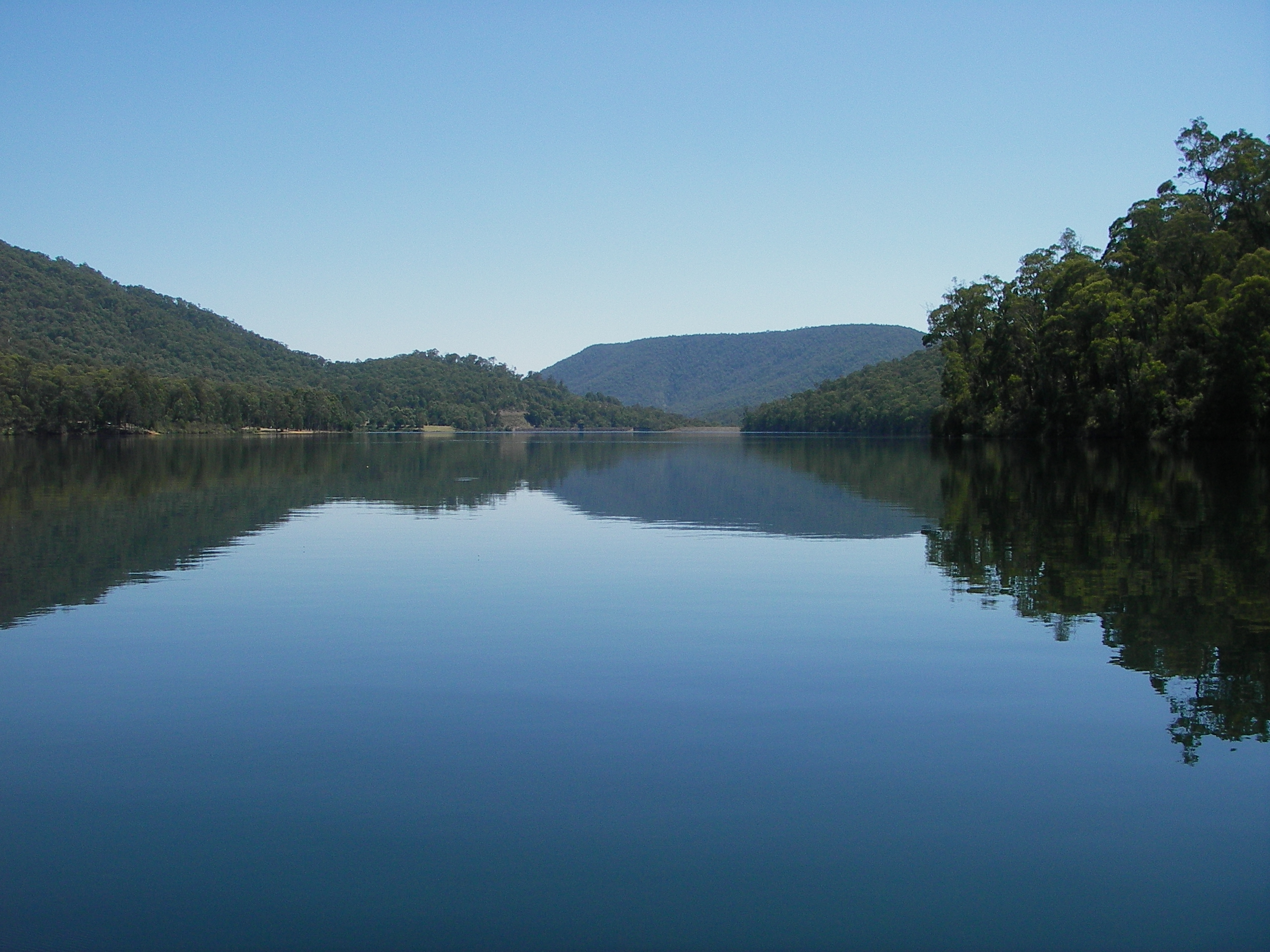 lake william hovell map William Hovell Dam Wikipedia lake william hovell map