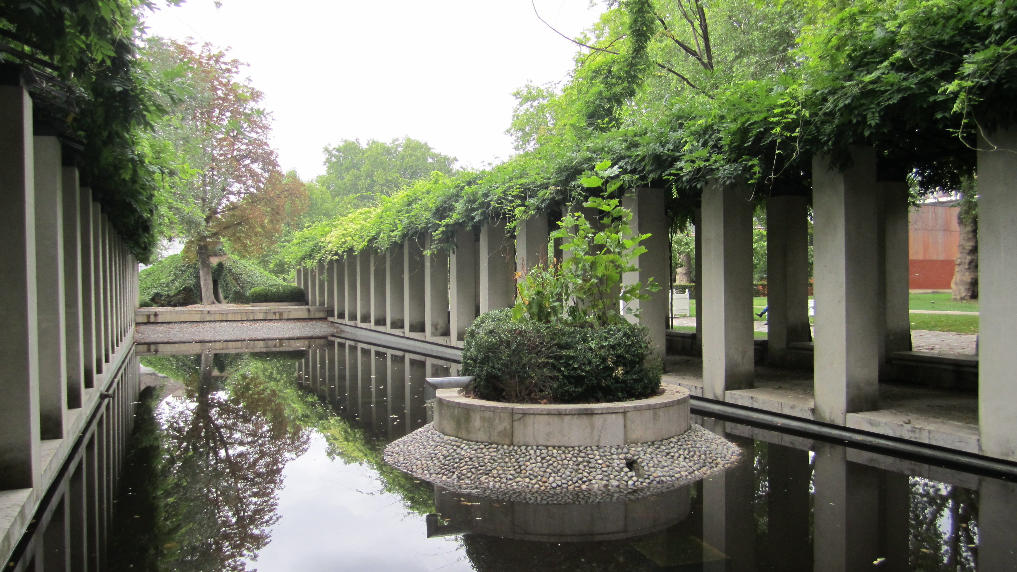 File landscape architecture wikimedia commons for Landscape architecture