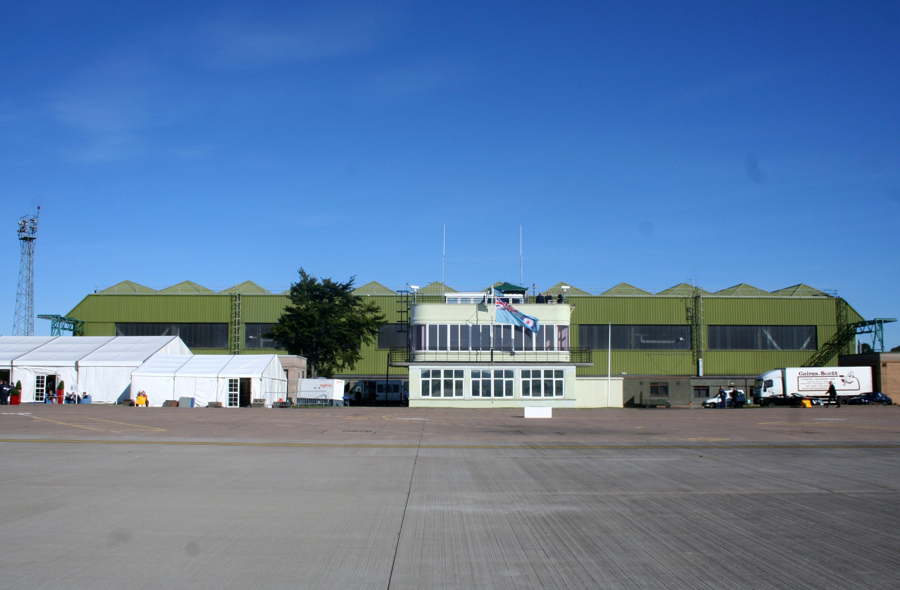 Rolls-Royce Edinburgh at Leuchars Airfield - YouTube