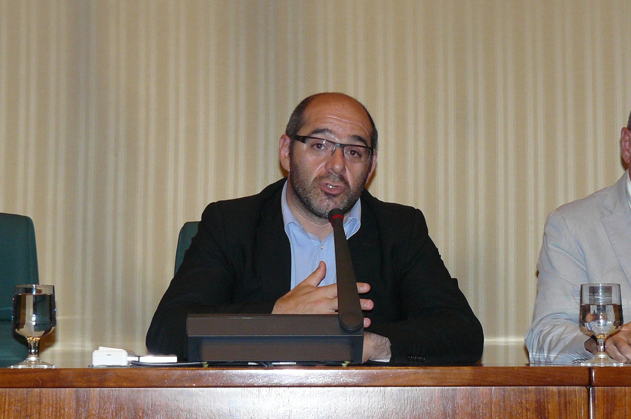 [GOVERN] Ratificació DECRET 18/2016 pel qual es proposa al senyor Joaquim Torra i Pla com a Director de l'Oficina Antifrau de Catalunya Llu%C3%ADs_Guin%C3%B3_presideix_la_comissi%C3%B3_d%27estudi_del_fracking_-_9213213995