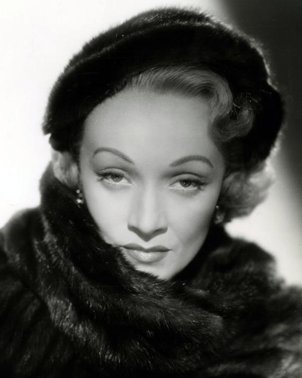 Photo Marlene Dietrich via OpenData BNF