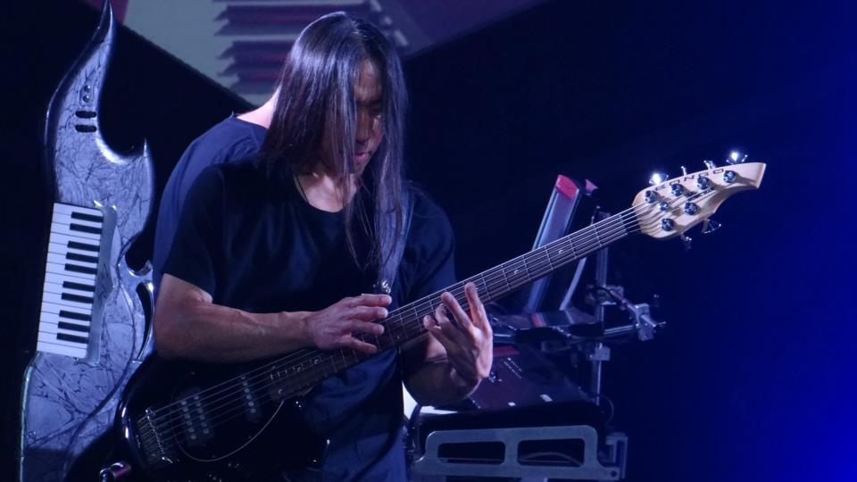 Argentina el baterista del grupo de rock arbol coge a una fan - 4 2