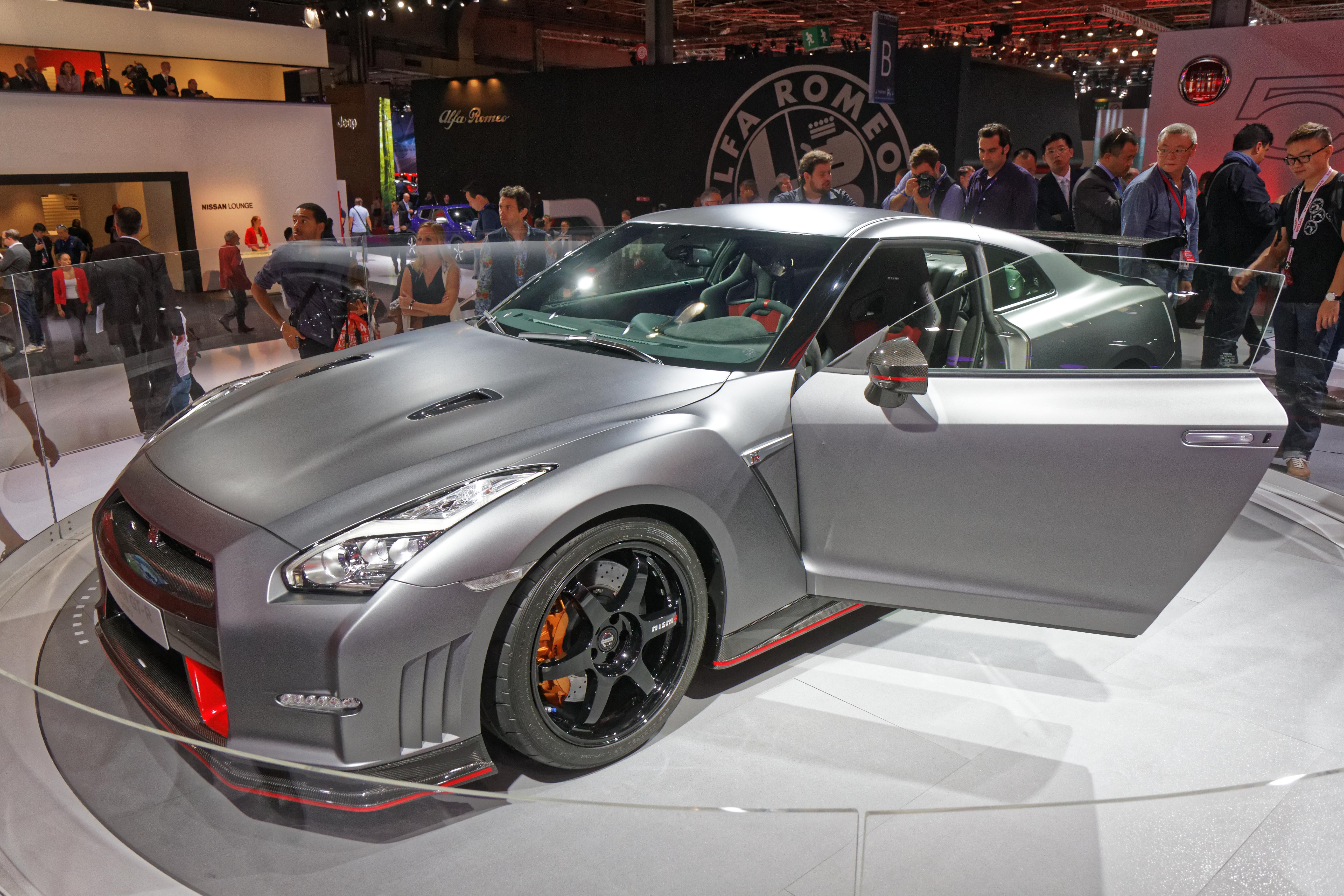 File:Nissan GT R Nismo   Mondial De Lu0027Automobile De Paris 2014