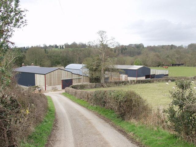 Plas-yn-y-coed farm - geograph.org.uk - 151370