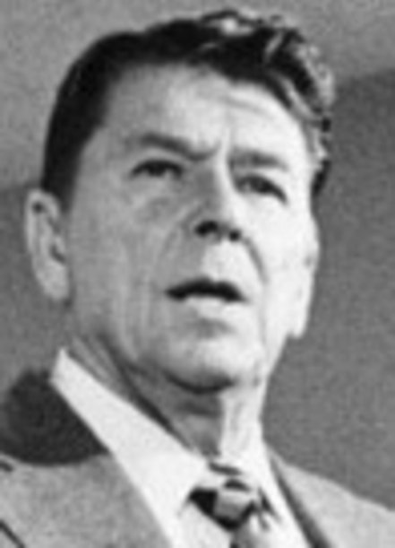 Ronald Reagan at a press conference in 1976 (cropped).jpg