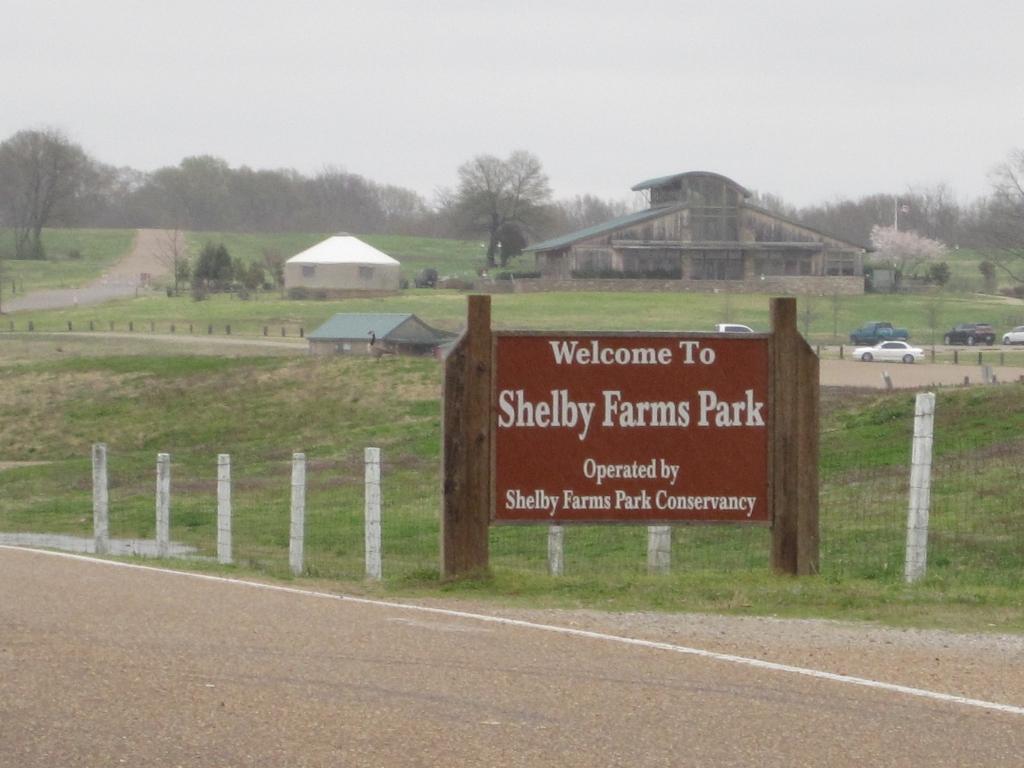 Shelby Farms 02 Entrance Visitor Center.jpg