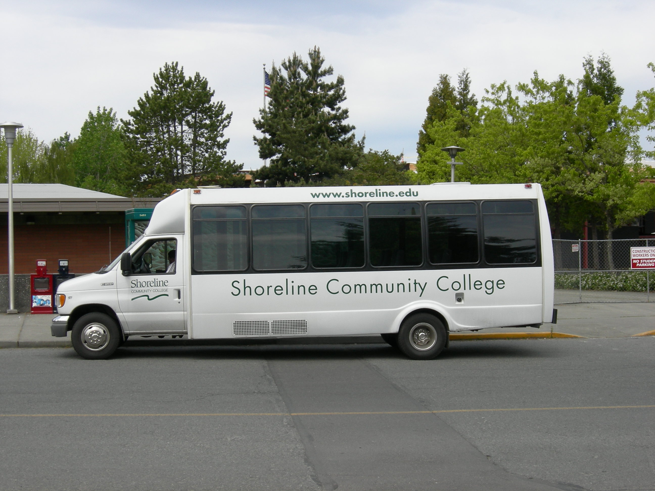 Www Bus Shuttle From O Hare Airport To Congress Plaza Hotel Com