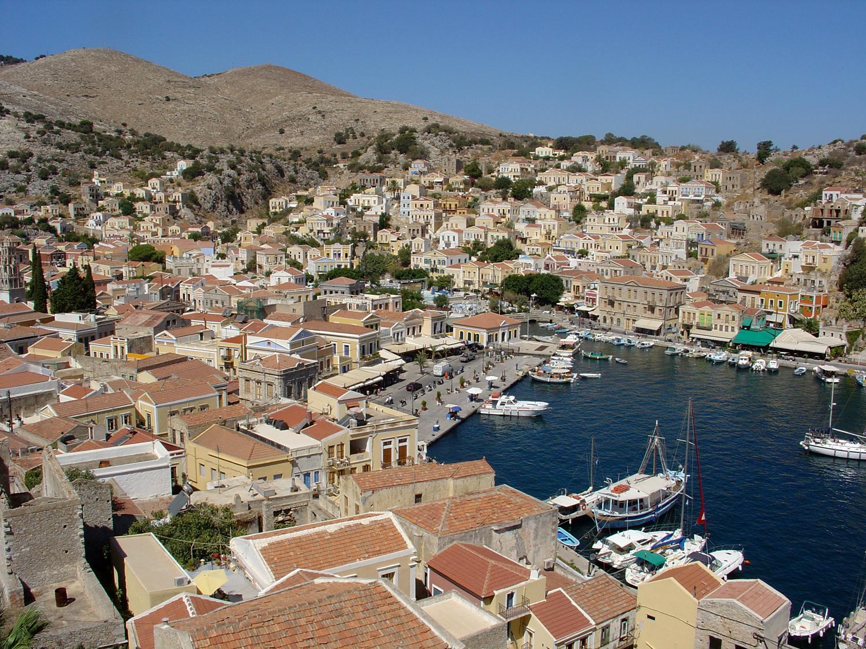 File:Simi 1.jpg - Wikimedia Commonsgreece town