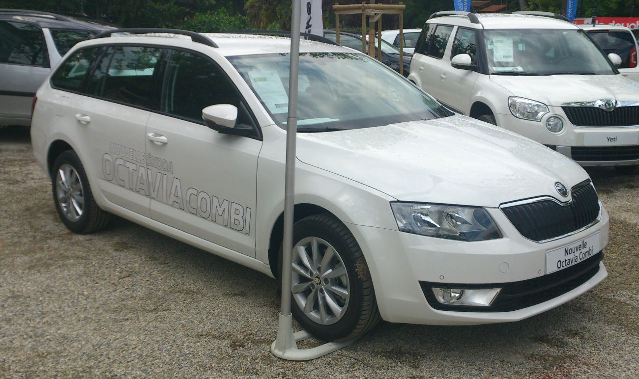 skoda octavia white 2013 the image kid has it. Black Bedroom Furniture Sets. Home Design Ideas