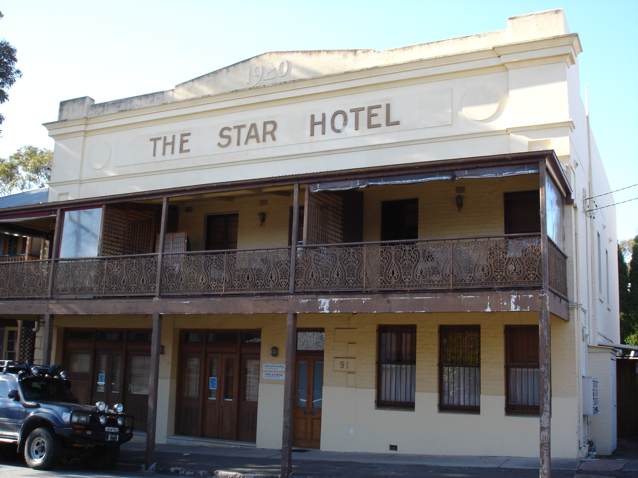 Star Hotels South Wales