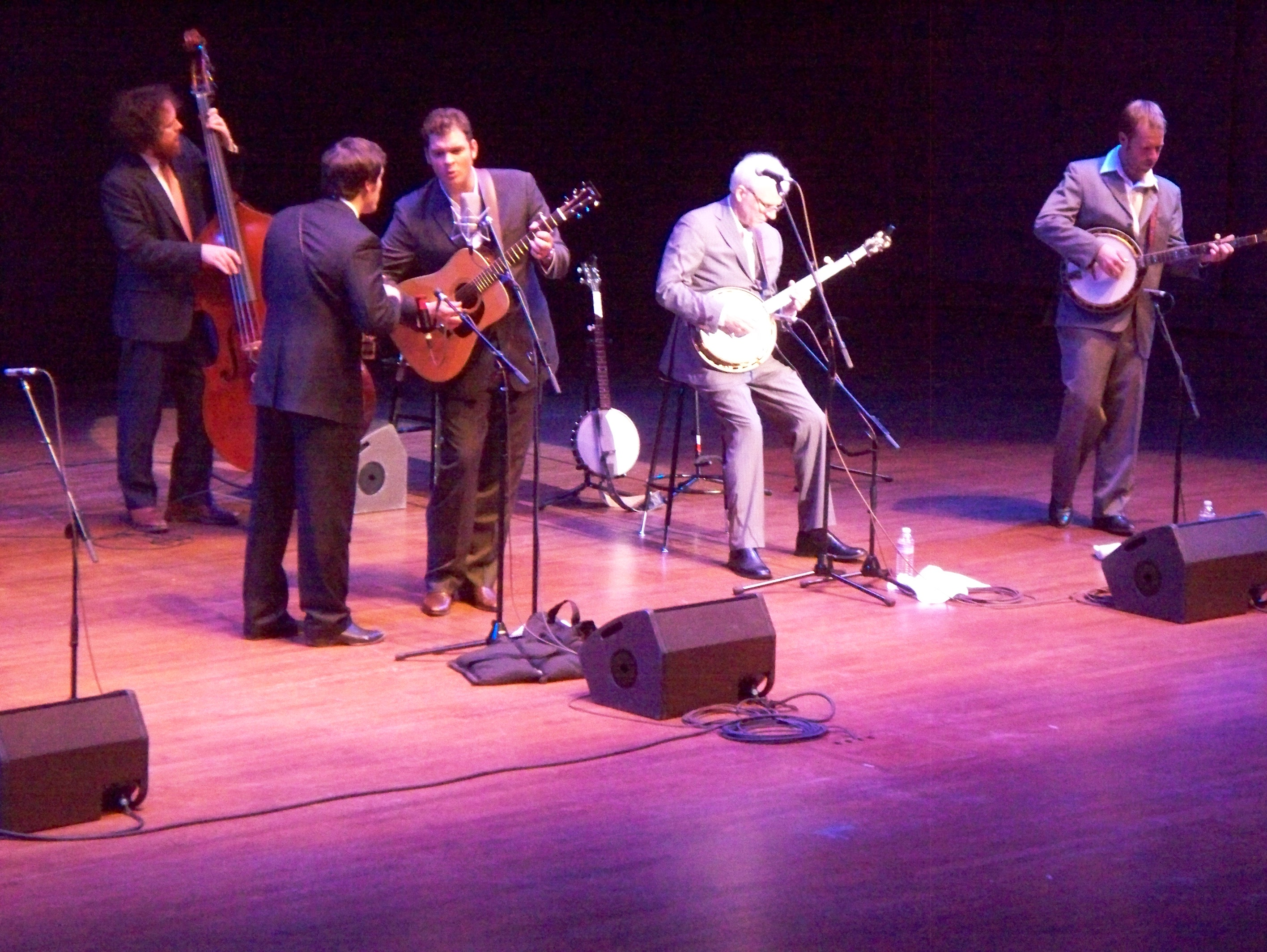 File:Steve Martin & The Steep Canyon Rangers In Seattle