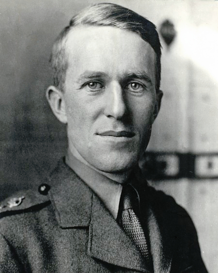 File:Te lawrence.jpg