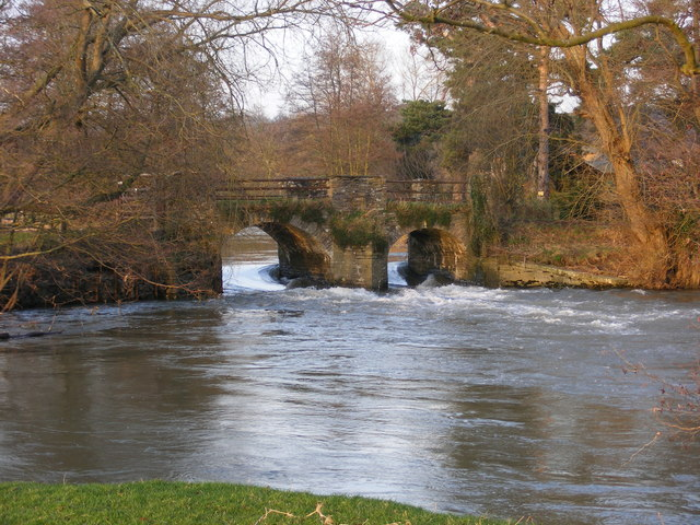The Bridge and Weir at Eaton Hall. River Lugg - geograph.org.uk - 724439