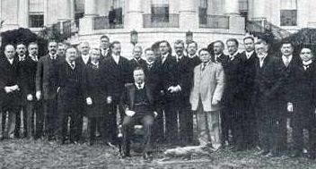 Teddy Roosevelt and his 1909 Presidential Cabinet. Love His Ideas ...