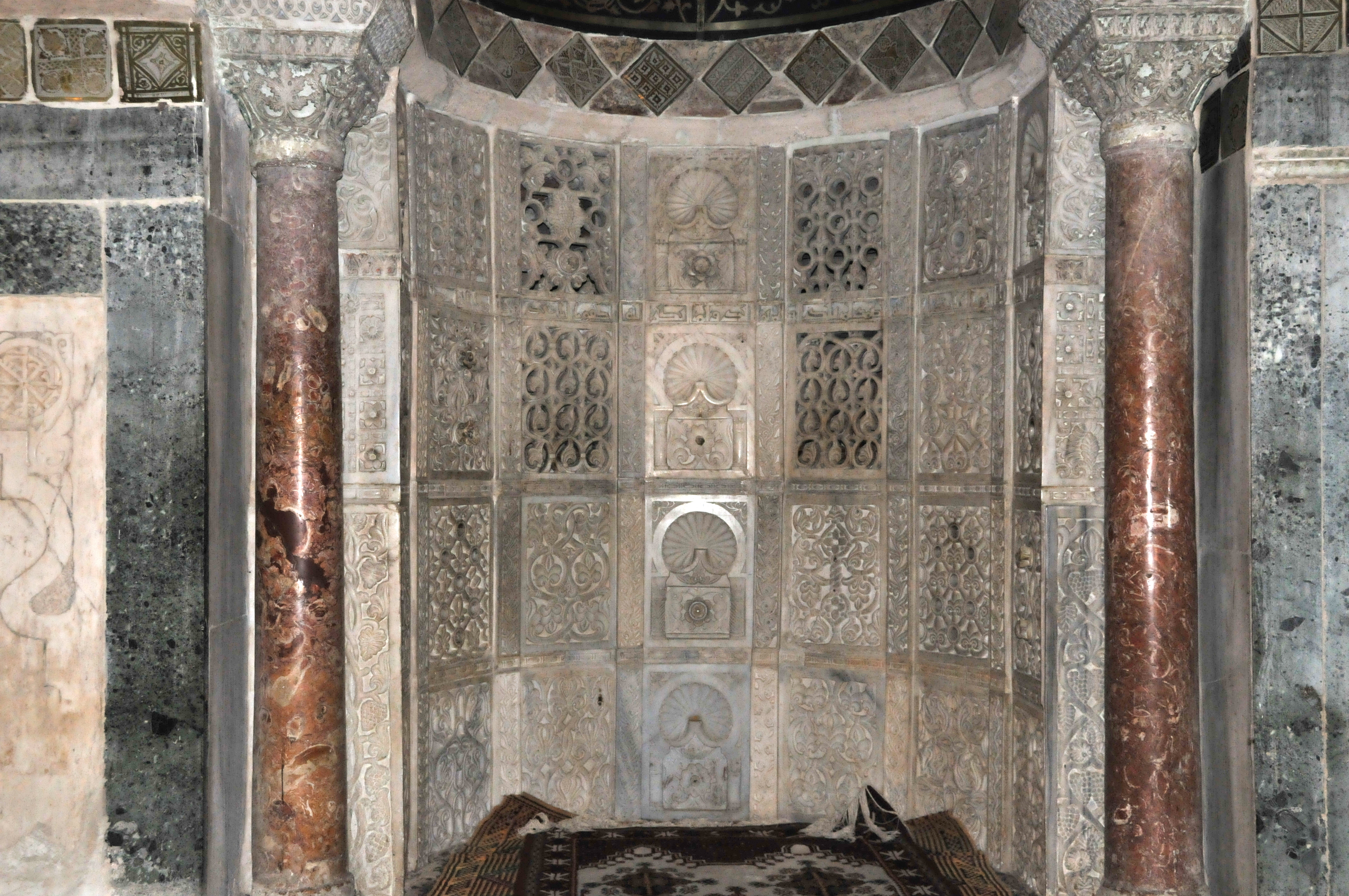 File Wall Of The Mihrab Great Mosque Of Kairouan Jpg