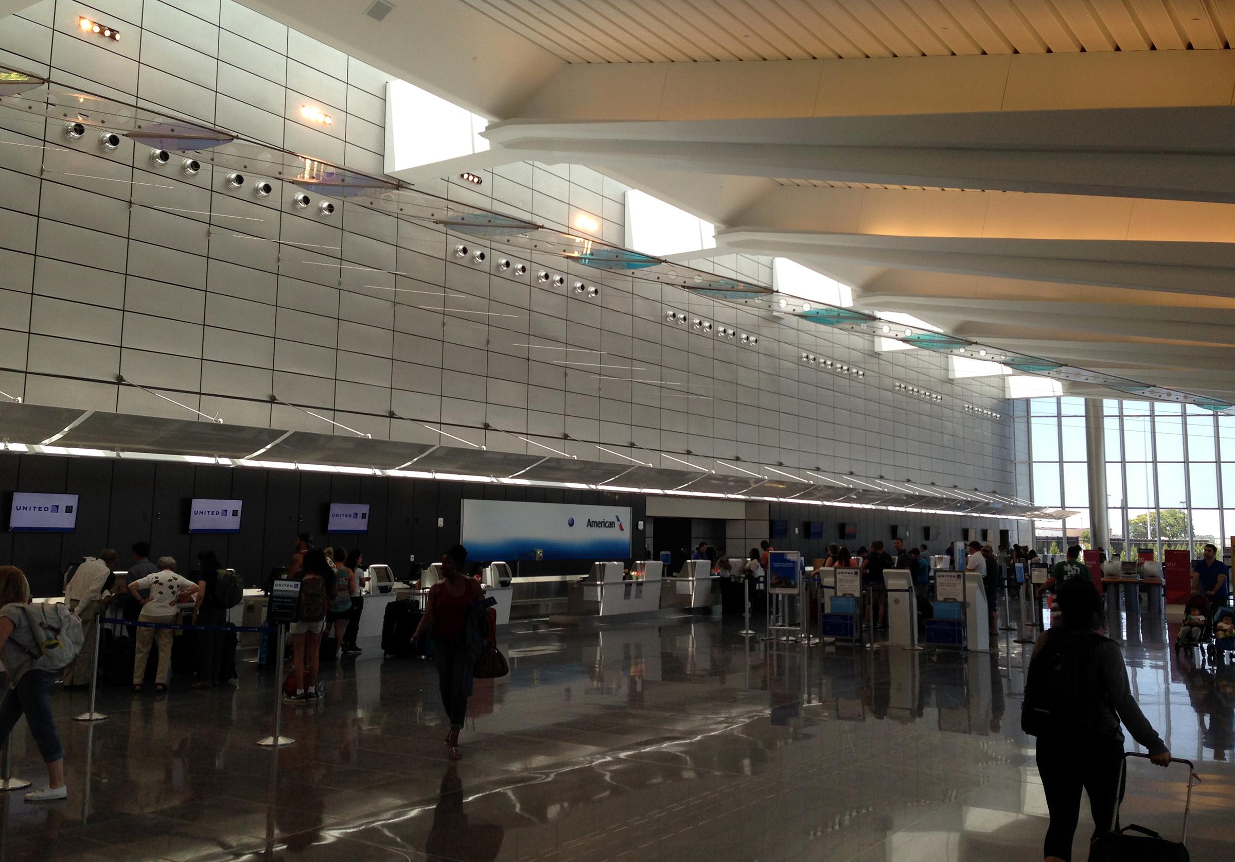 Αποτέλεσμα εικόνας για Wichita Eisenhower National Airport