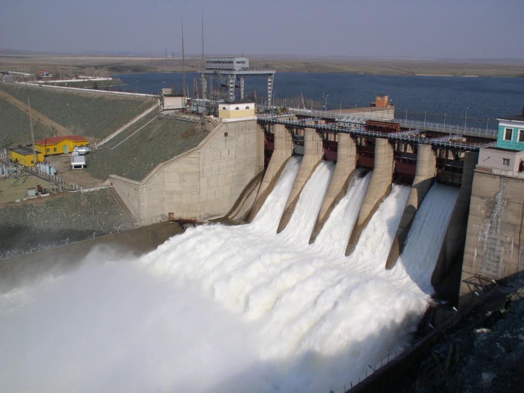 Ириклинская ГЭС