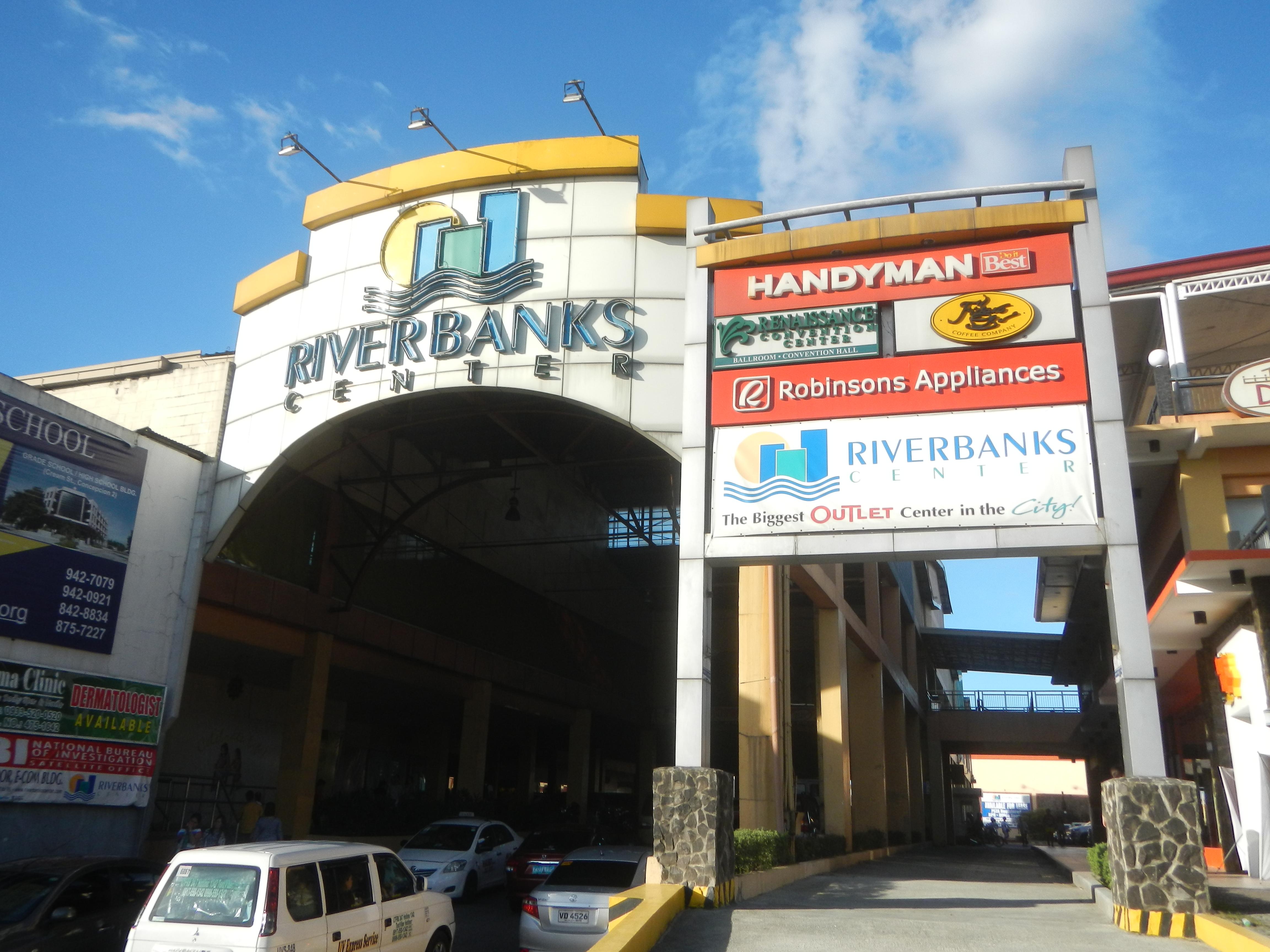Riverbanks Center - Wikipedia
