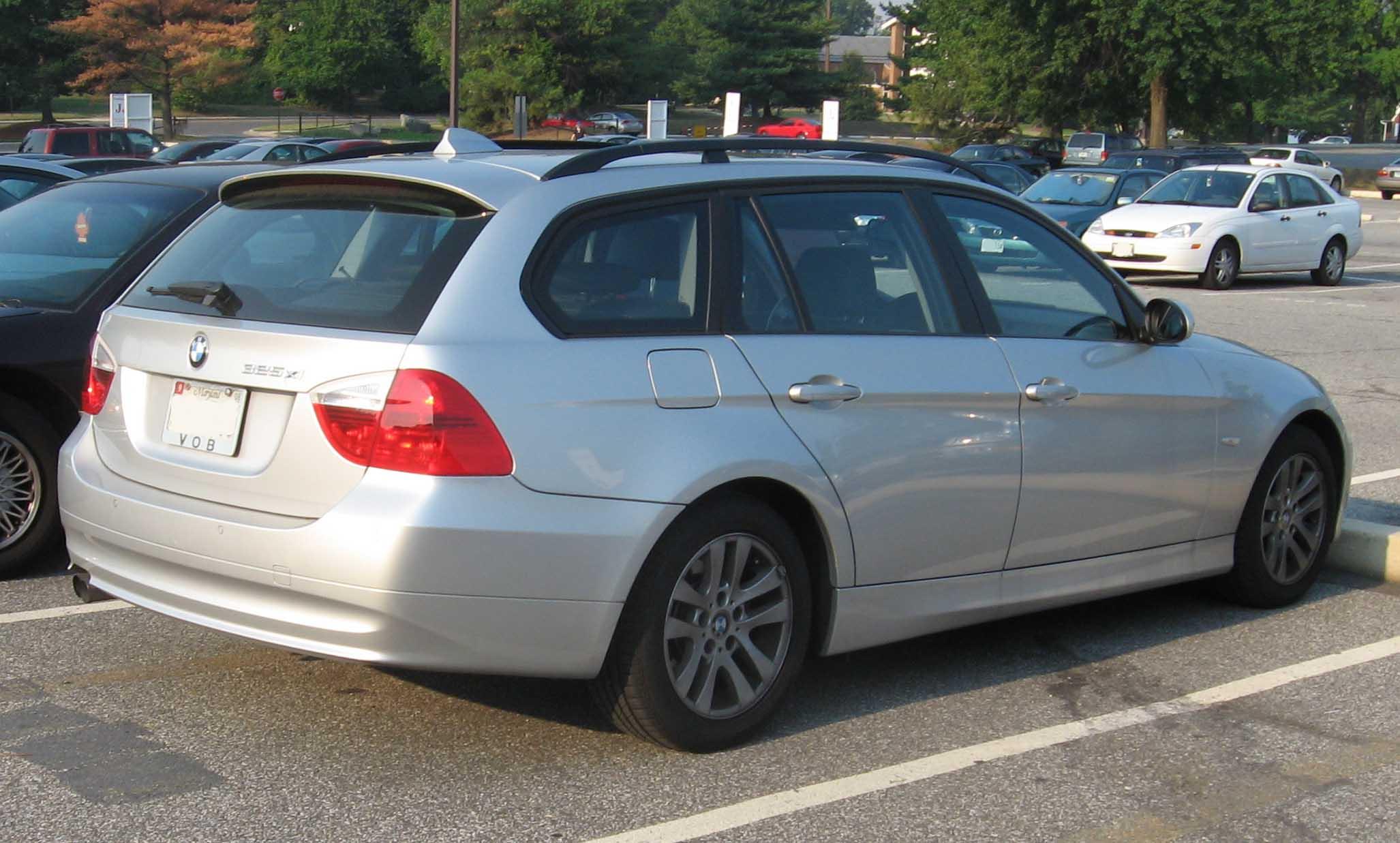 File:2006 Bmw 325xi Wagon.jpg