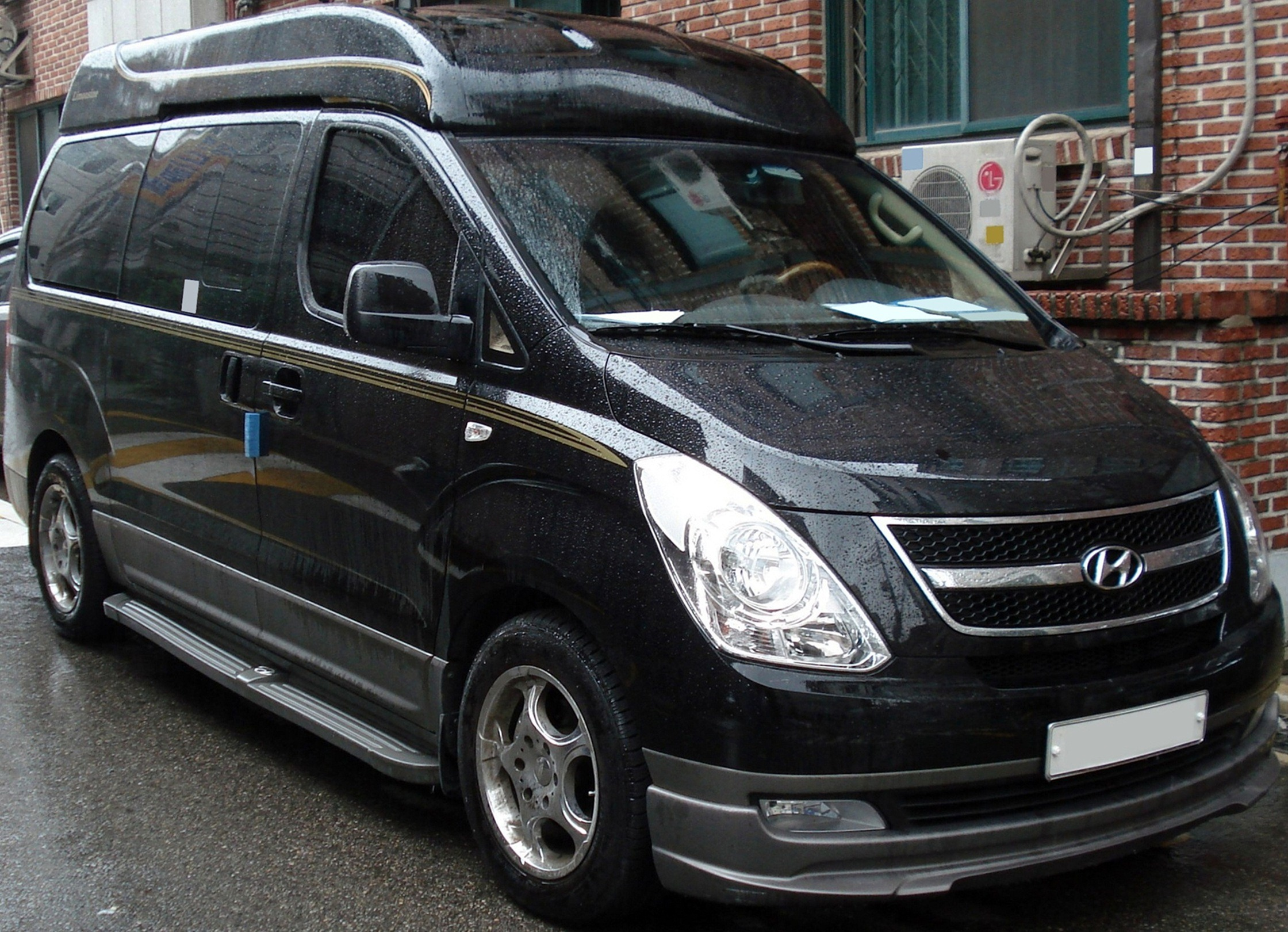 hyundai h-1 starex 2010 limousine