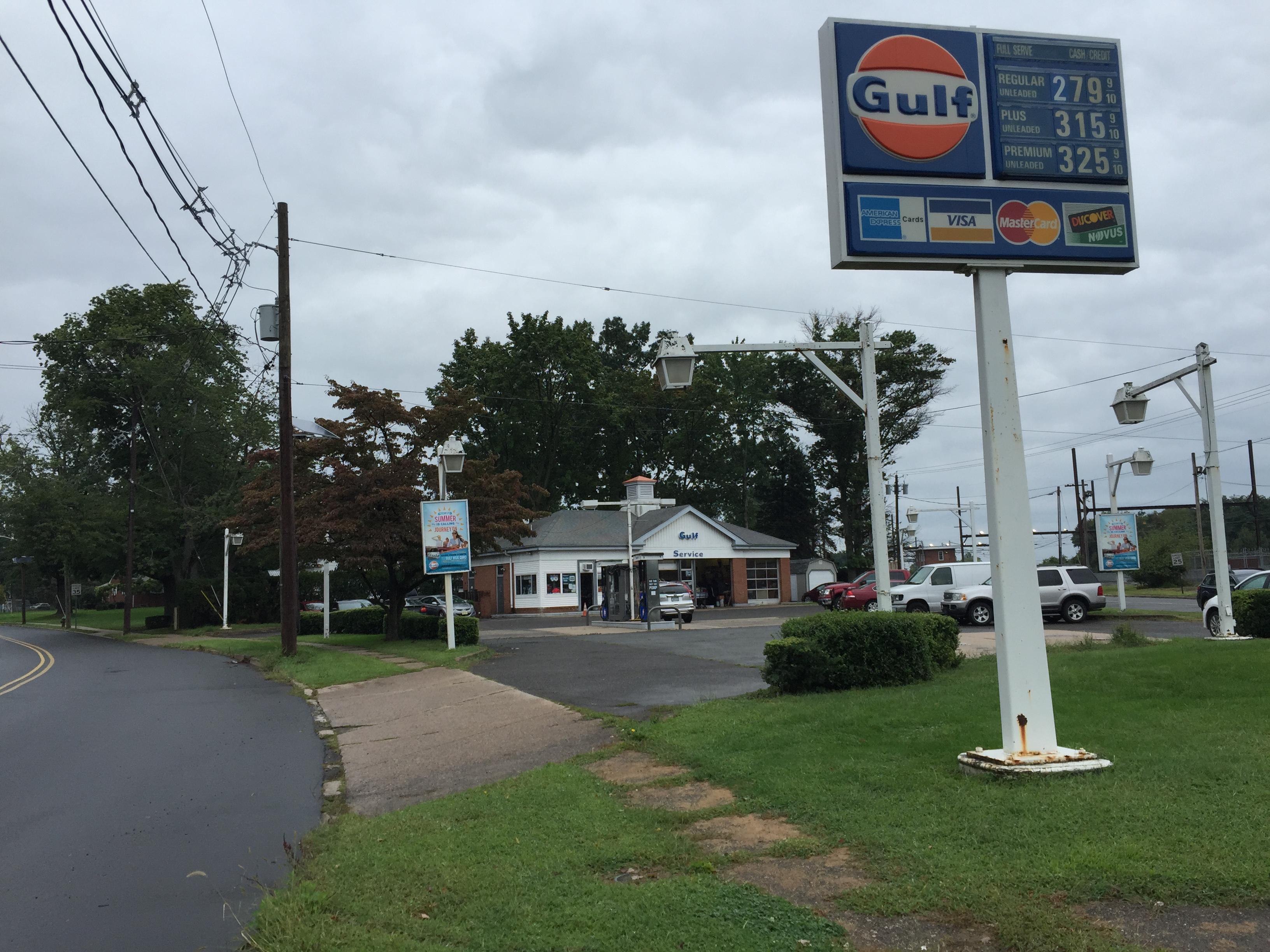 Gulf Gas Station Near Me >> File 2017 09 06 11 06 12 Gulf Gas Station At The