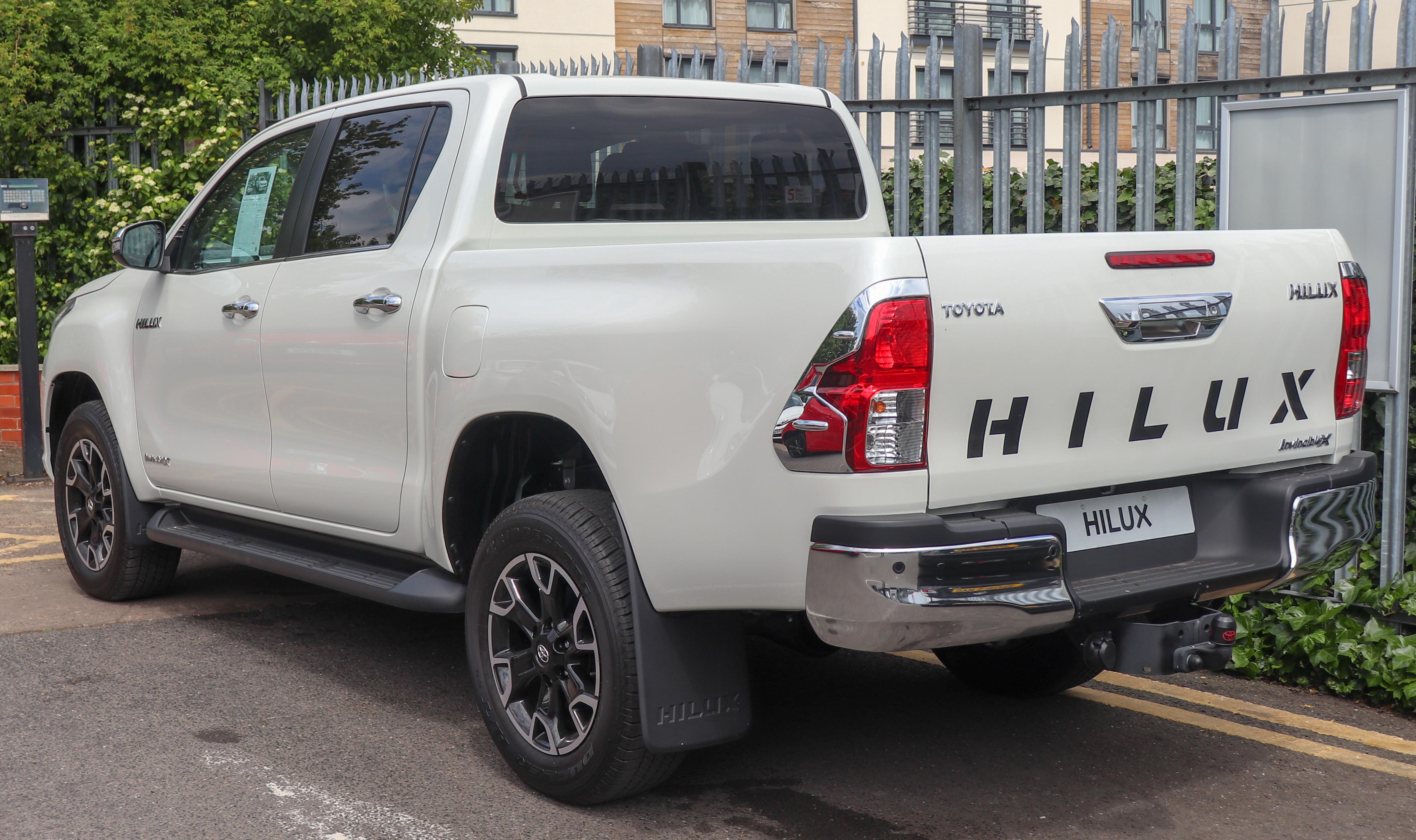 Kelebihan Toyota Hilux 2019 Tangguh