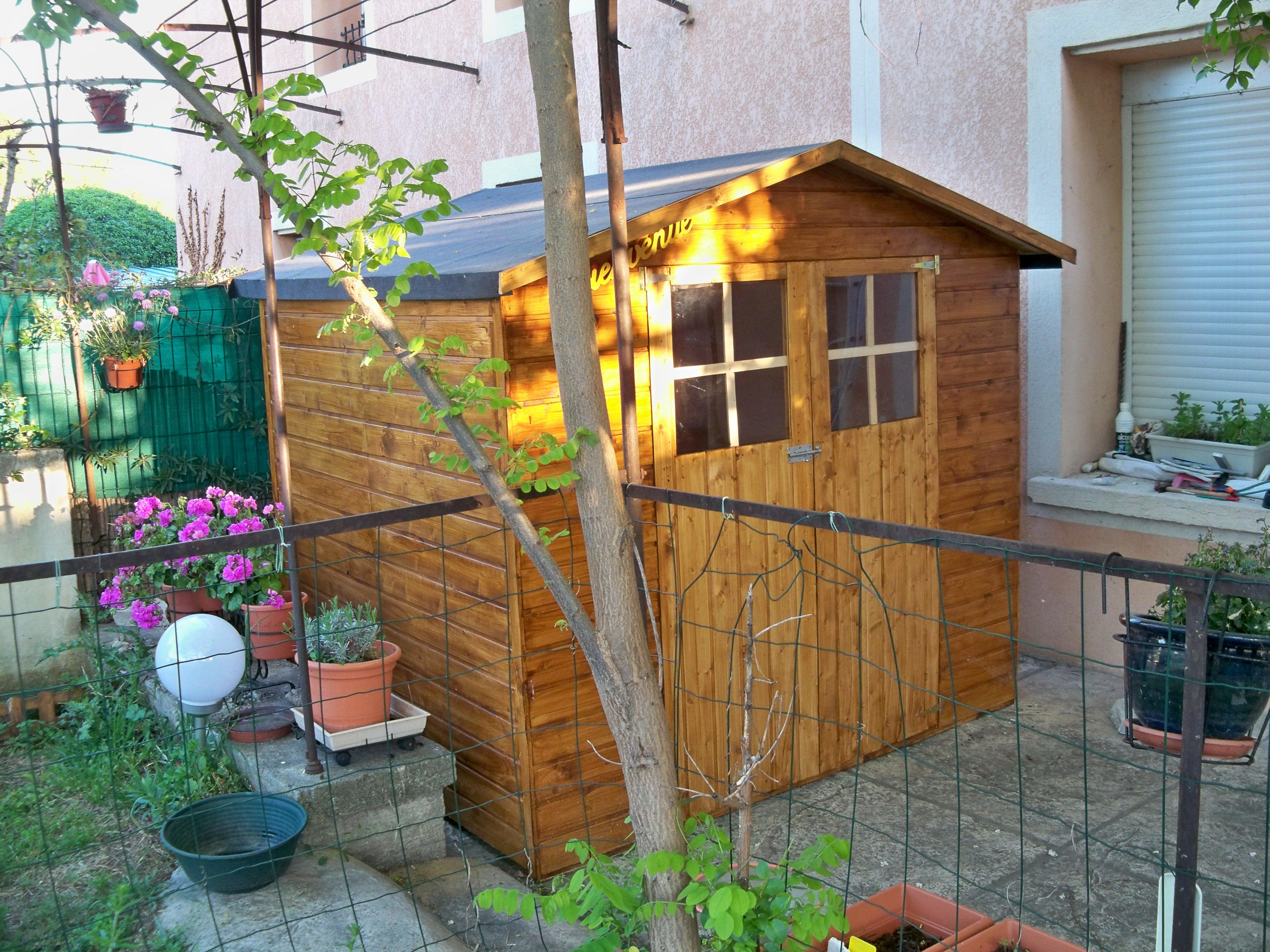 Abri_de_jardin_en_bois Unique De Plancher Abri De Jardin Des Idées