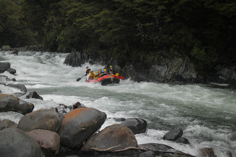 white water rafting taupo
