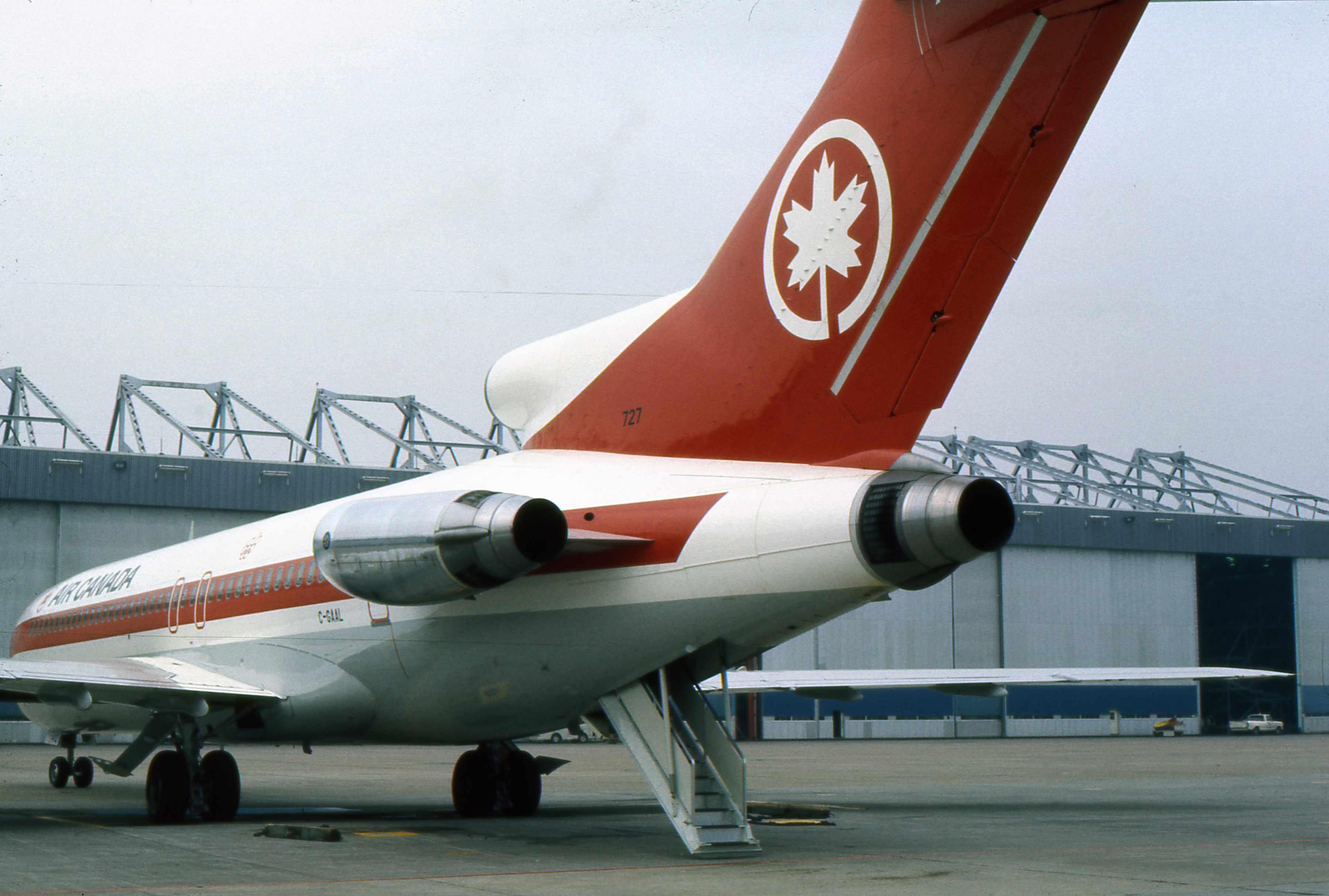 Delta Hangar  Tour Detroit