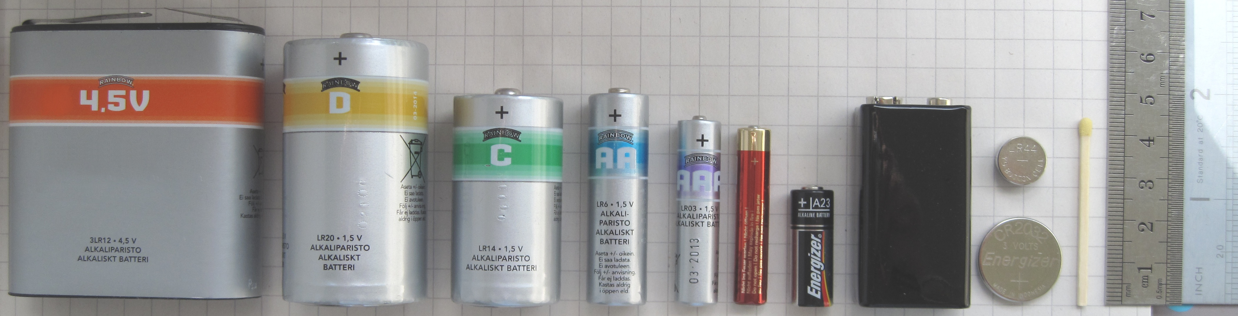 File:Batteries comparison 4,5 D C AA AAA AAAA A23 9V ...