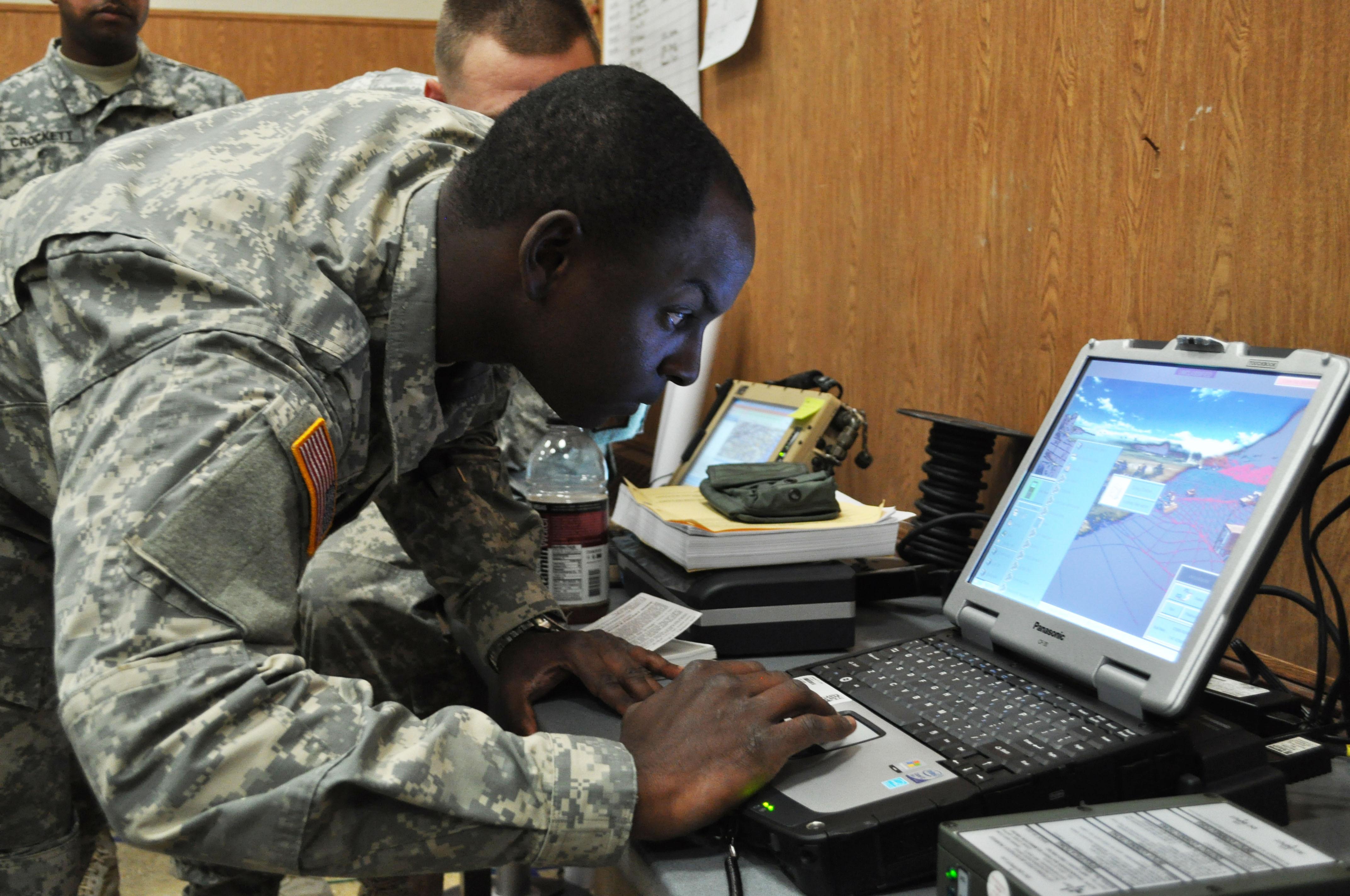 file blue force tracker training 121111 a qd966 003 jpg wikimedia