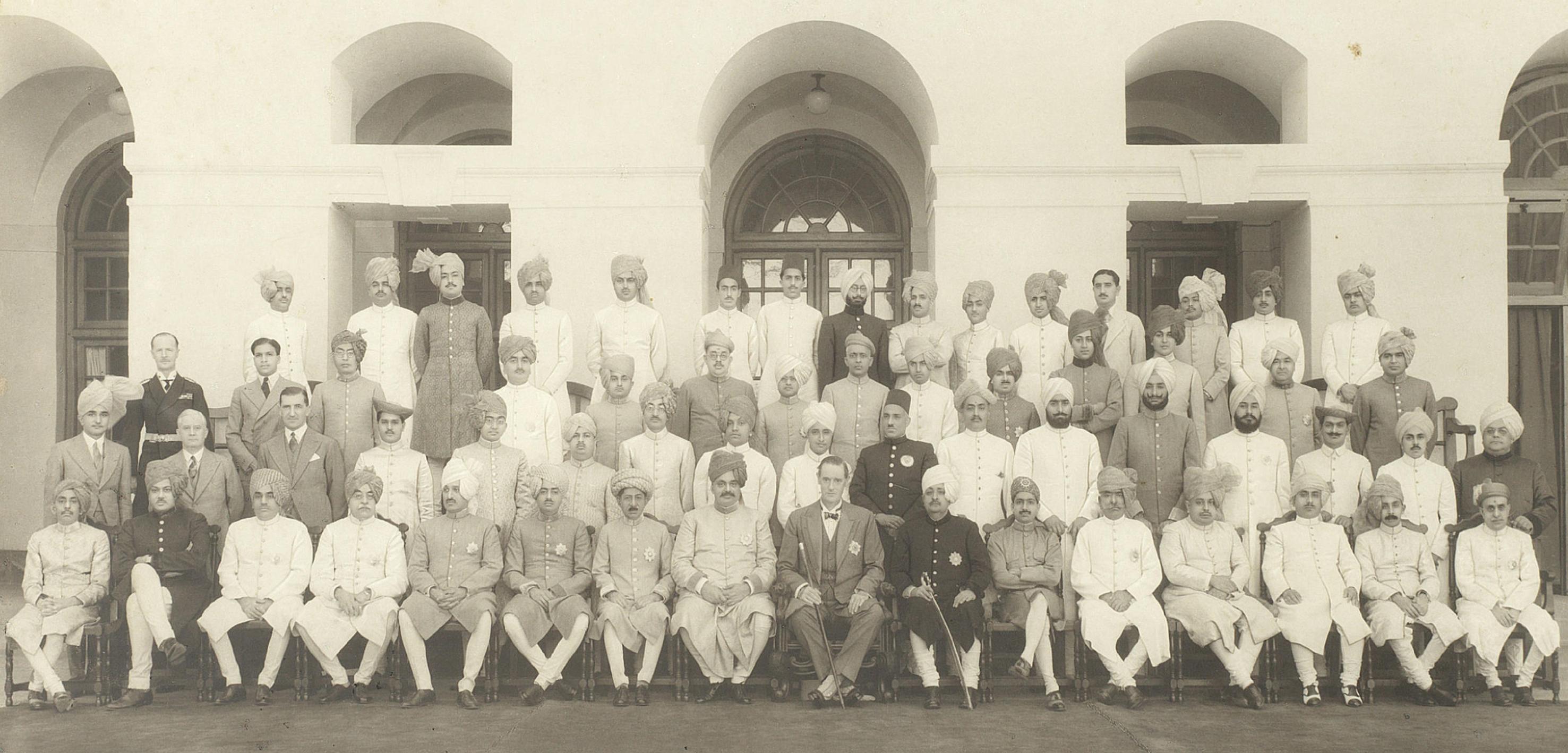 Yashwantrao Martandrao Mukne - Wikipedia