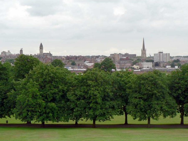 Clarence Park and Wakefield City Centre - geograph.org.uk - 192332