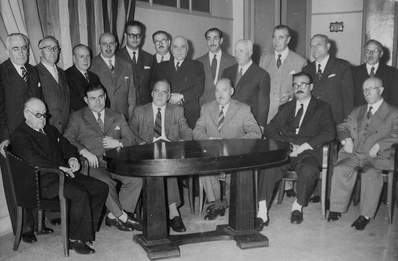 File Comisi N Directiva Del Monte Pio Y Socios En El Casal De  # Monte Pio Muebles