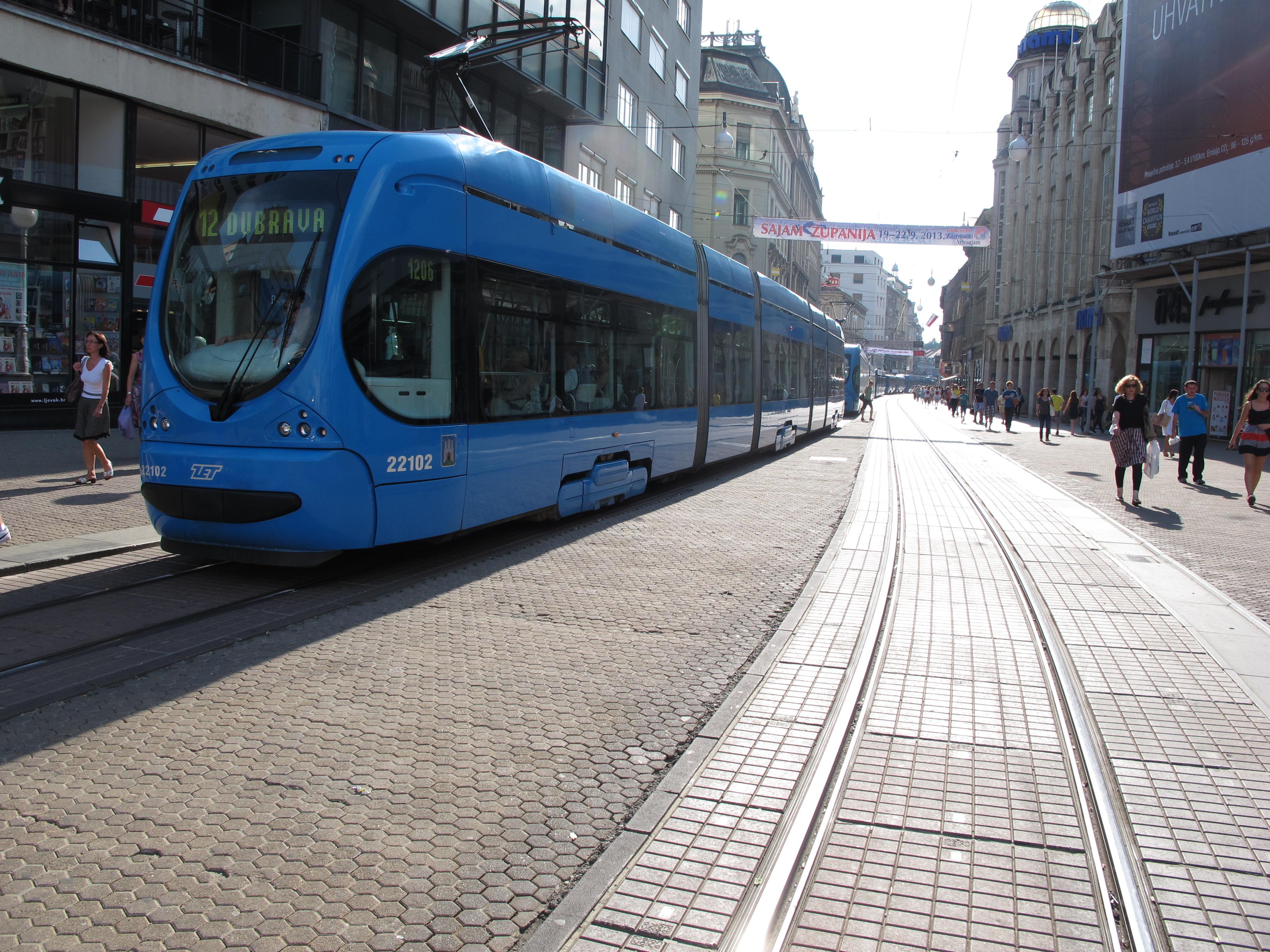 File Crotram Zagreb Jpg Wikipedia
