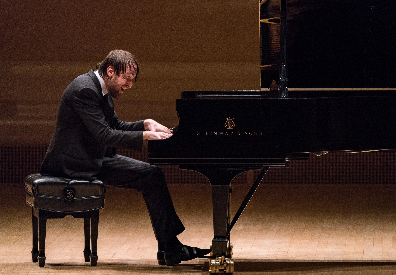Pianist Daniel Trifonov: biography, creativity, and personal life 40
