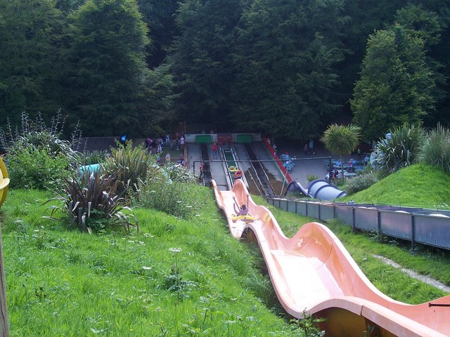 File Dartmouth Woodlands Theme Park Geograph Org Uk