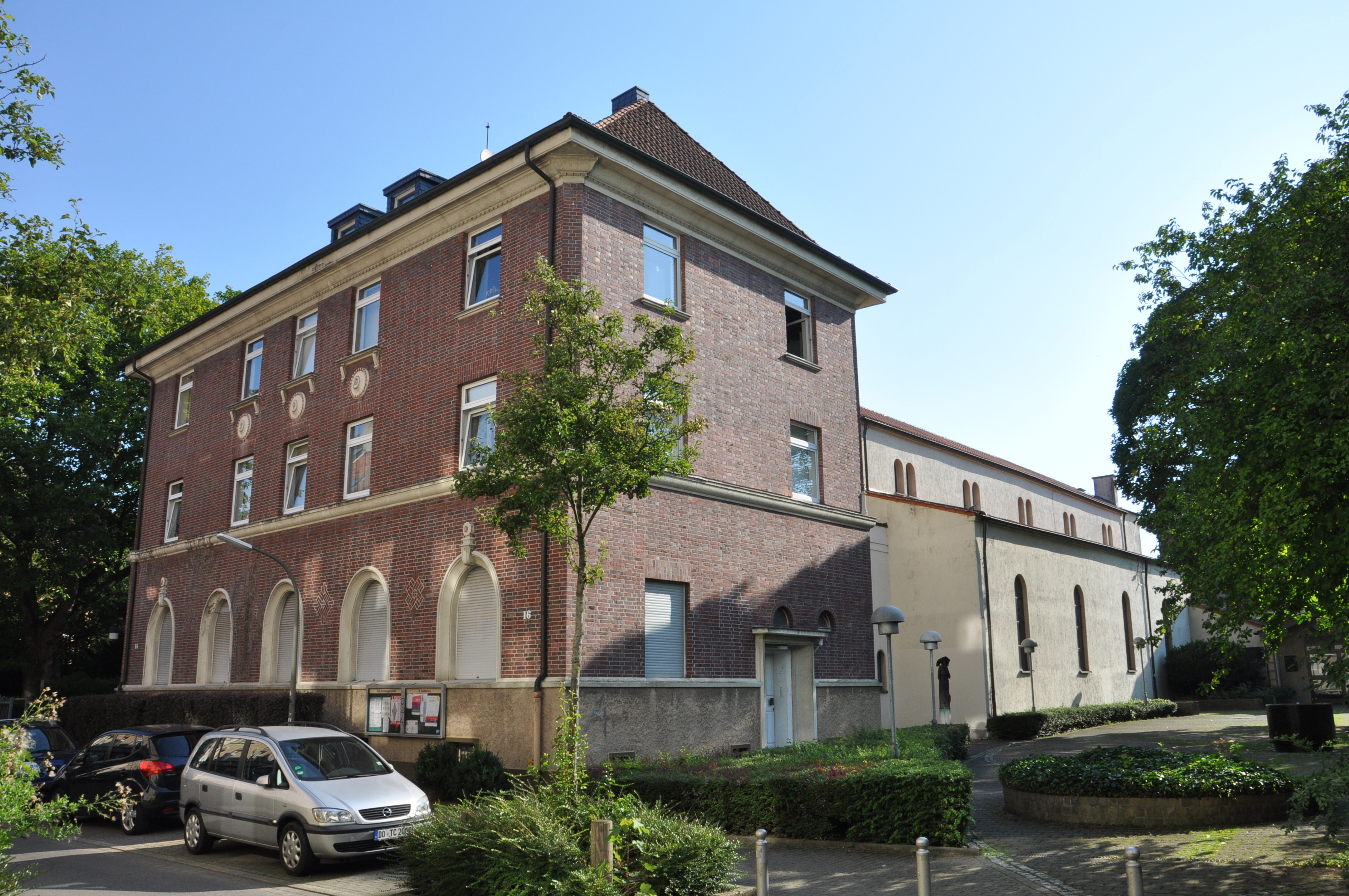 In House Dortmund file dortmund st suitbertus 03 jpg wikimedia commons