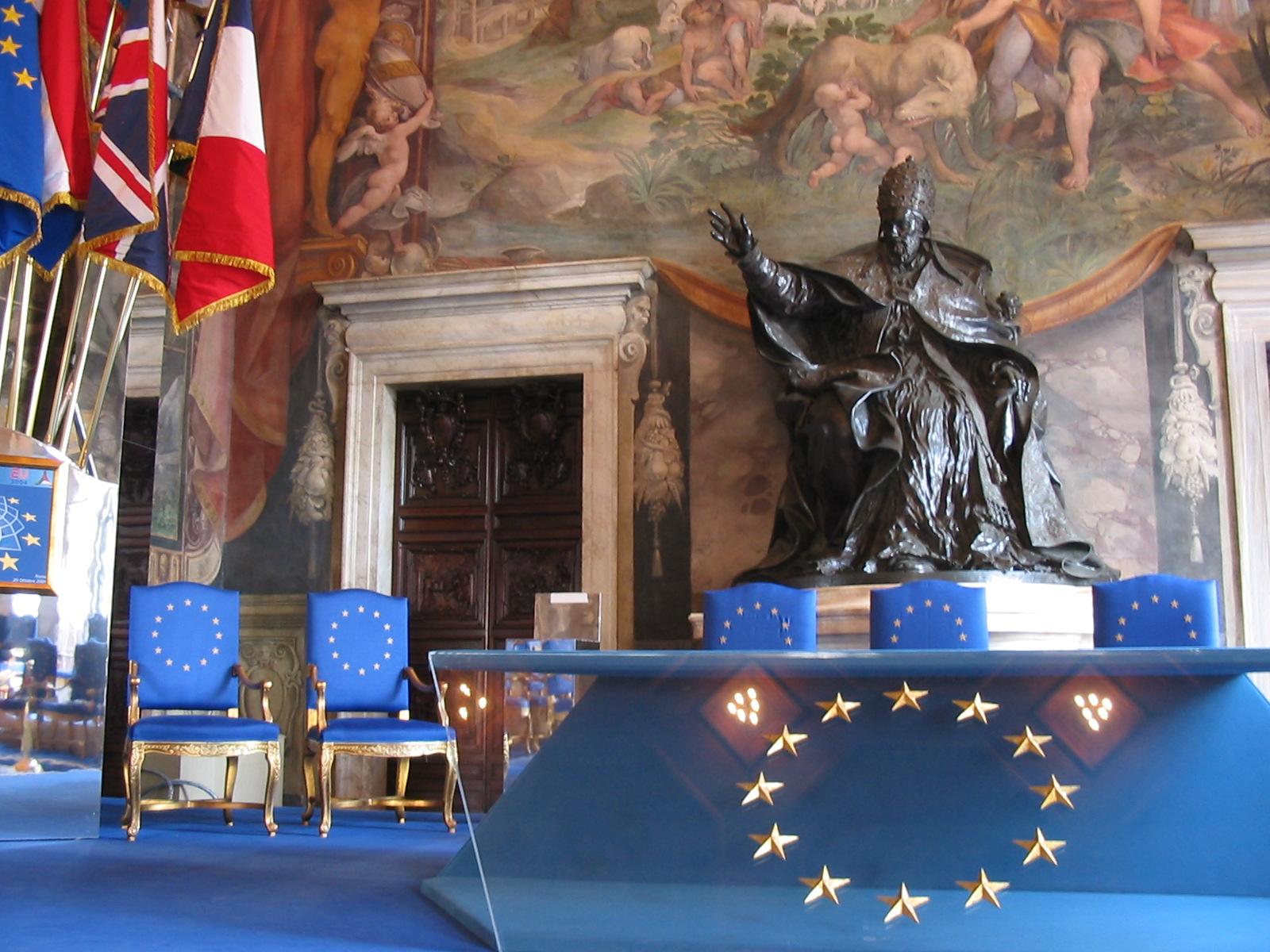 Konferenzort in dem 1957 die Römischen Verträge unterzeichnet wurden. Die Bundesrepublik wird Gründungsmitglied der Europäischen Wirtschaftsgemeinschaft.