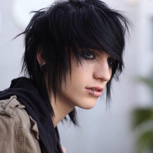 ejemplo de chico emo cabello